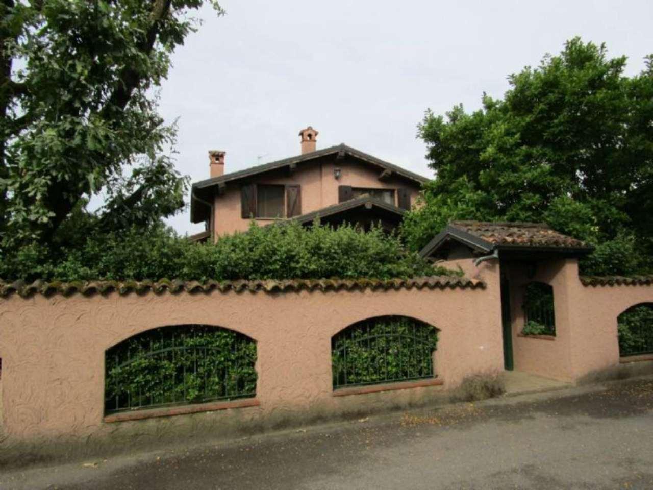 Villa in Vendita a Motta Visconti