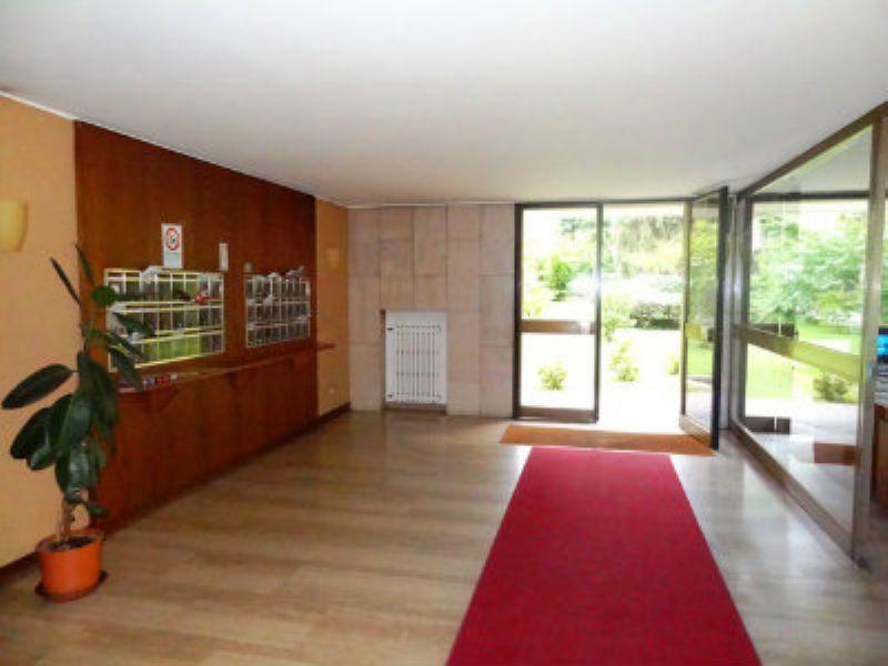 Appartamento in affitto a milano viale renato serra for Viale serra milano
