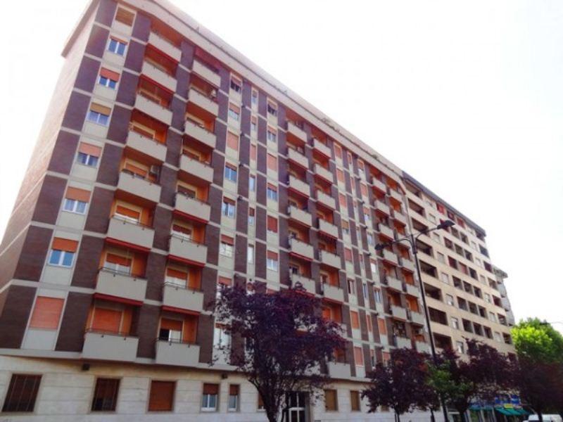 Appartamento in Affitto a Cinisello Balsamo Semicentro: 2 locali, 80 mq