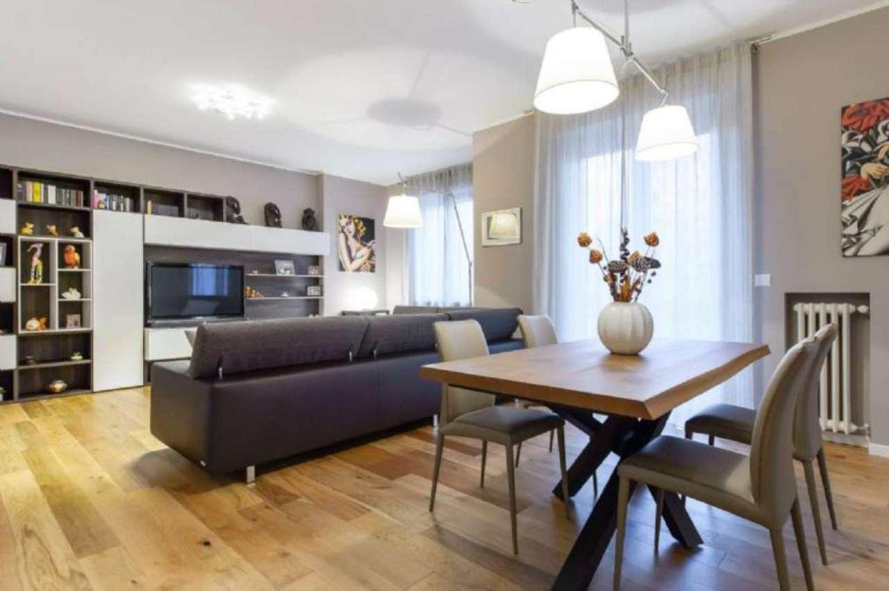 Appartamento in Vendita a Milano 03 Venezia / Piave / Buenos Aires:  3 locali, 130 mq  - Foto 1