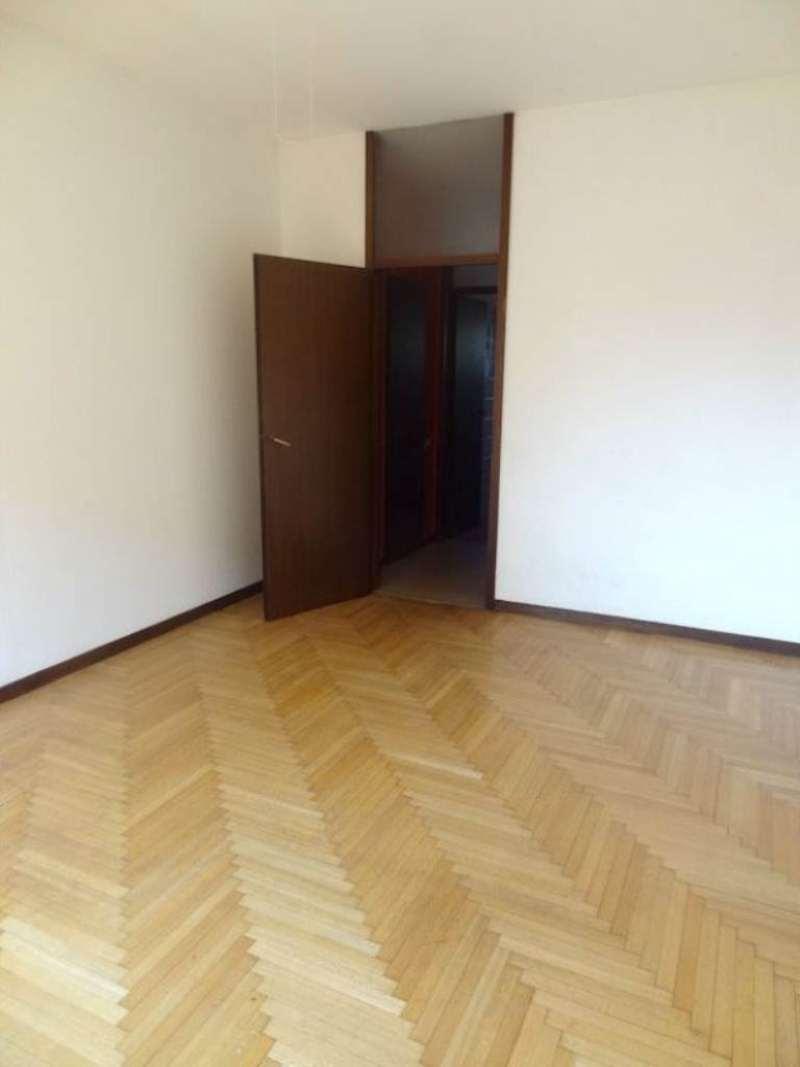 Appartamento in vendita a milano viale renato serra for Viale serra milano