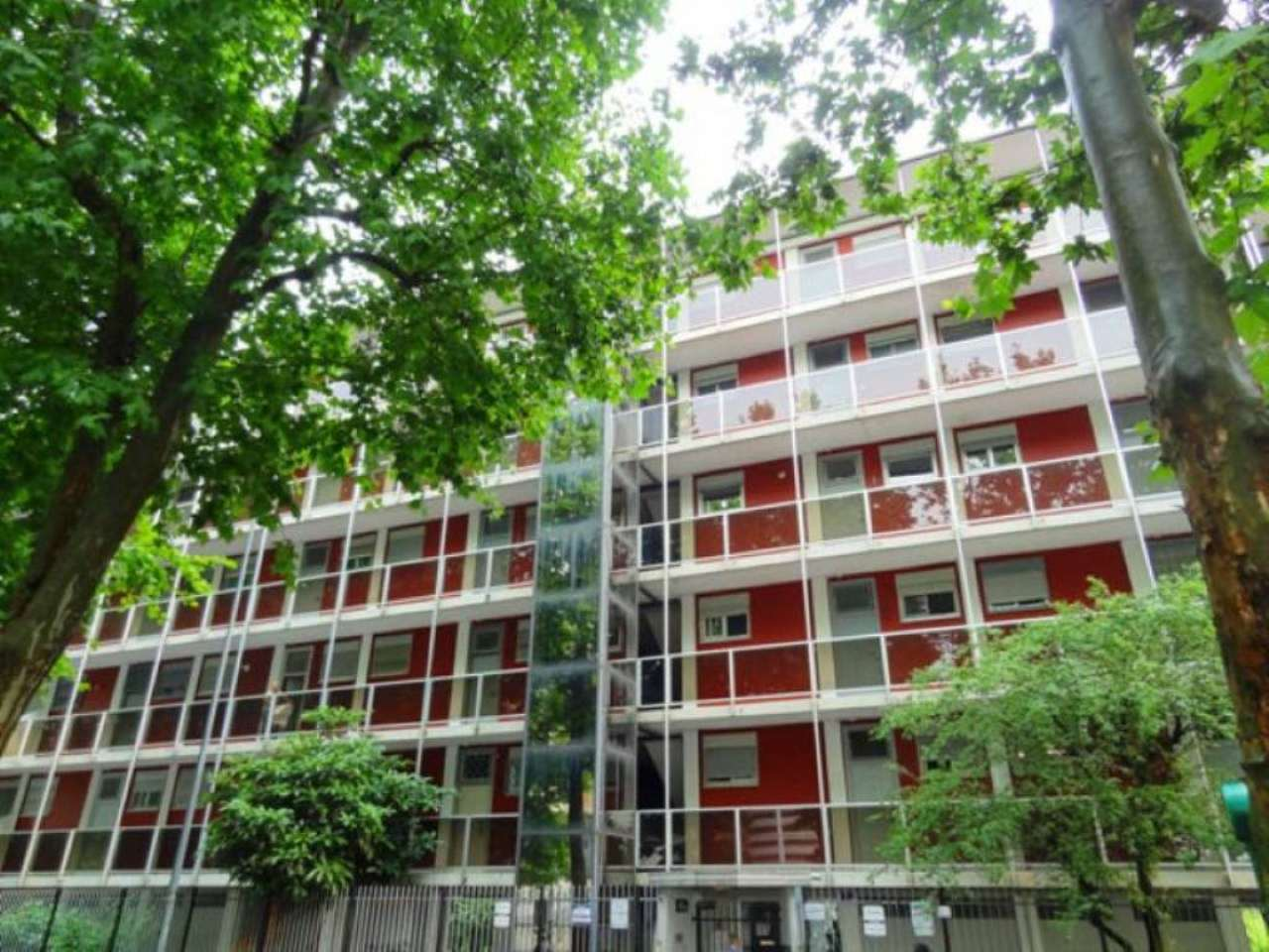 Appartamento in Vendita a Milano 18 Ippodromo / San Siro / Zavattari: 2 locali, 60 mq