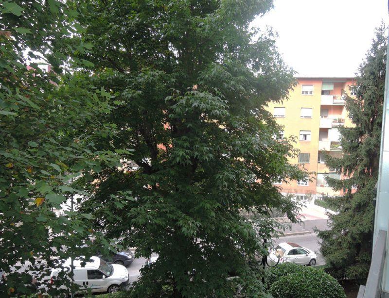 Bilocale Milano Via Cavezzali 9