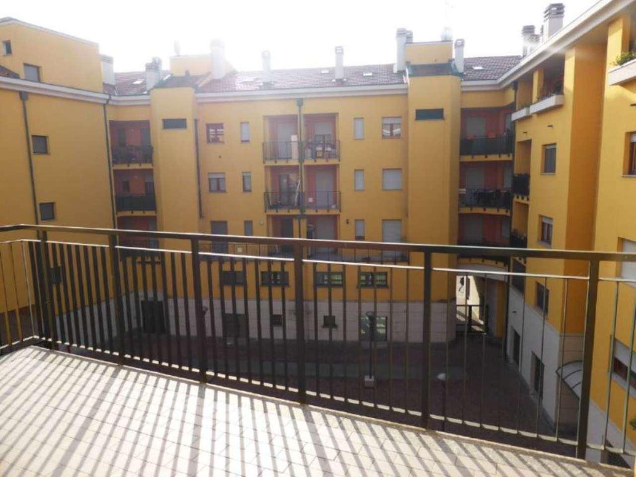 Bilocale Milano Via Serrati Menotti 2