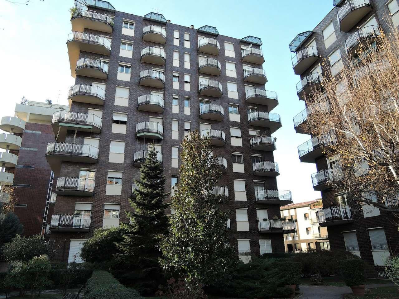 Appartamento in vendita a Milano, 3 locali, zona Zona: 11 . Barona, Giambellino, Lorenteggio, Famagosta, prezzo € 395.000   Cambio Casa.it