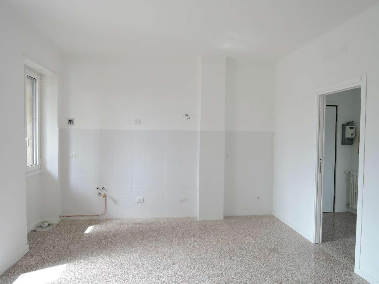 Appartamento in vendita a milano via via zambaldi for Planimetrie dei quartieri suocera