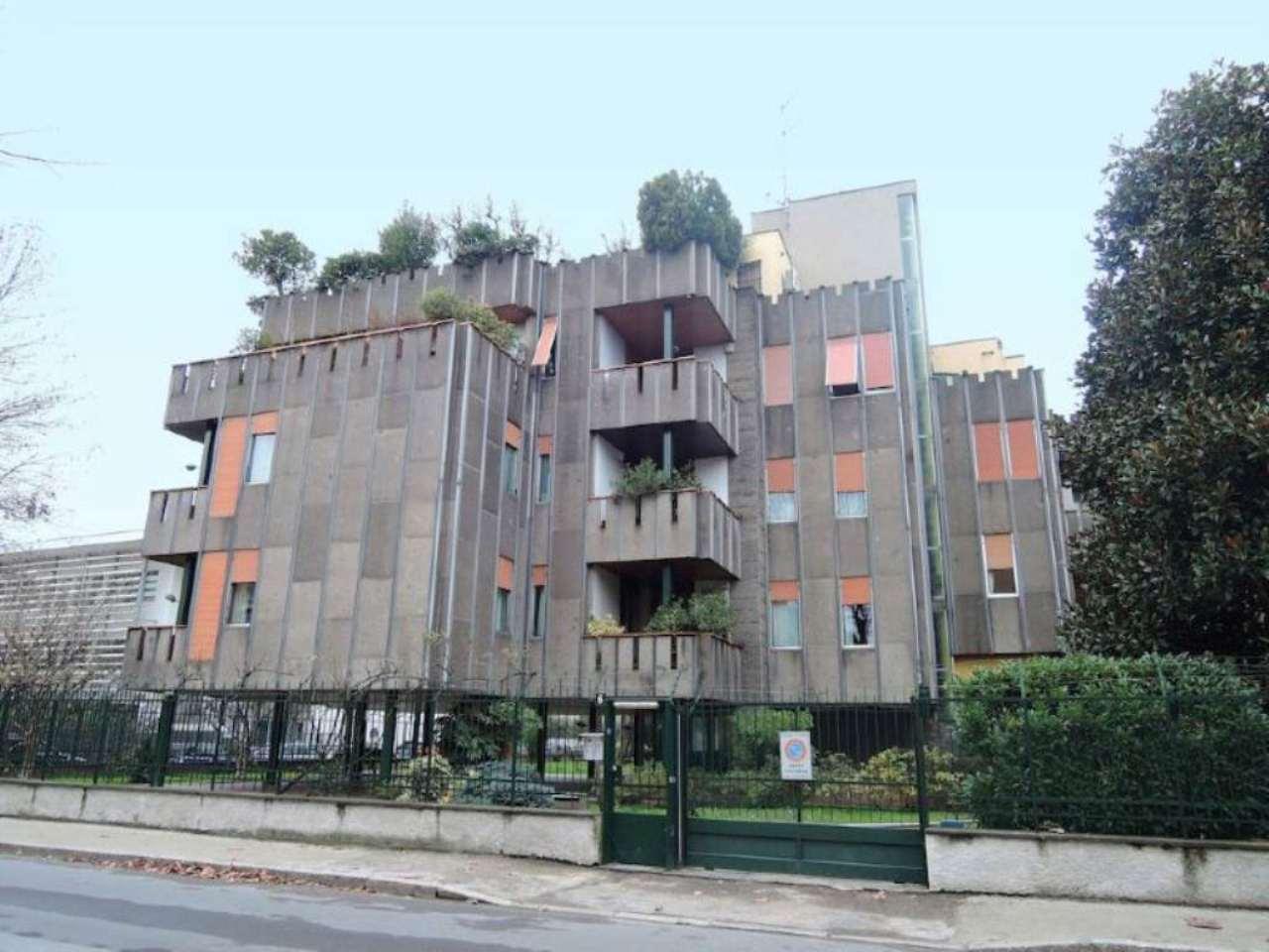 Appartamento in vendita a Milano, 5 locali, zona Zona: 14 . Lotto, Novara, San Siro, QT8 , Montestella, Rembrandt, prezzo € 810.000 | CambioCasa.it