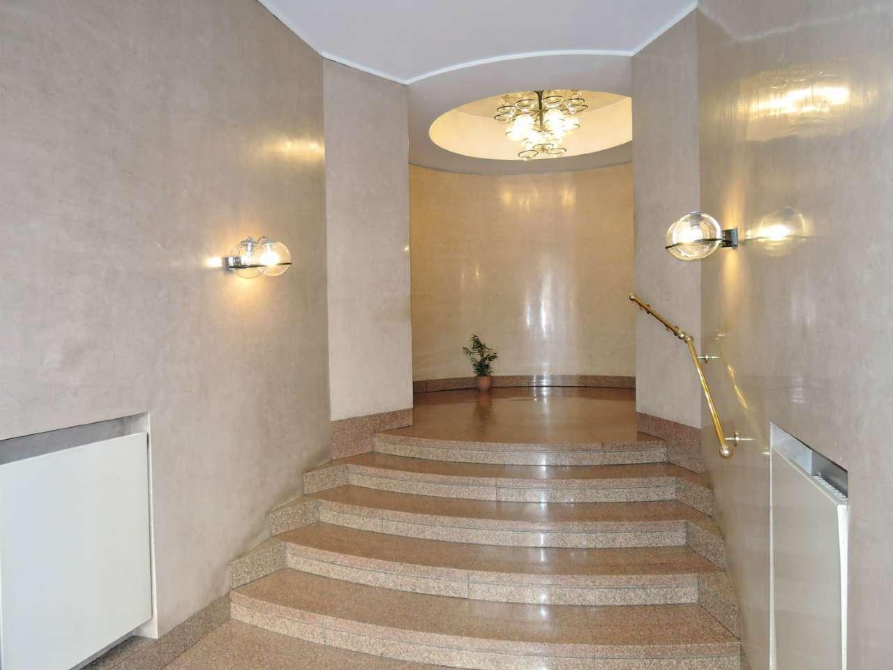 Appartamento in Affitto a Milano 01 Centro storico (Cerchia dei Navigli): 3 locali, 87 mq