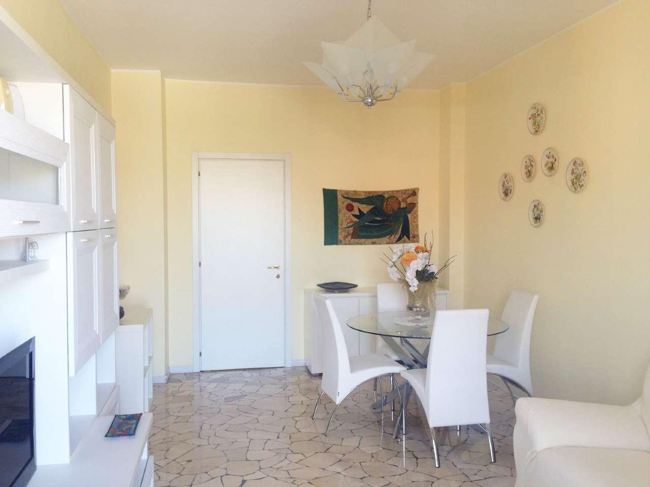 Appartamento in Affitto a Milano 25 Cassala / Famagosta / Lorenteggio / Barona:  3 locali, 96 mq  - Foto 1