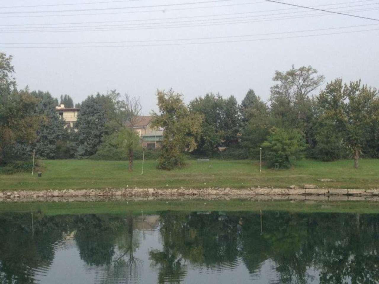 Terreno residenziale in Vendita a Settimo Milanese: 3450 mq