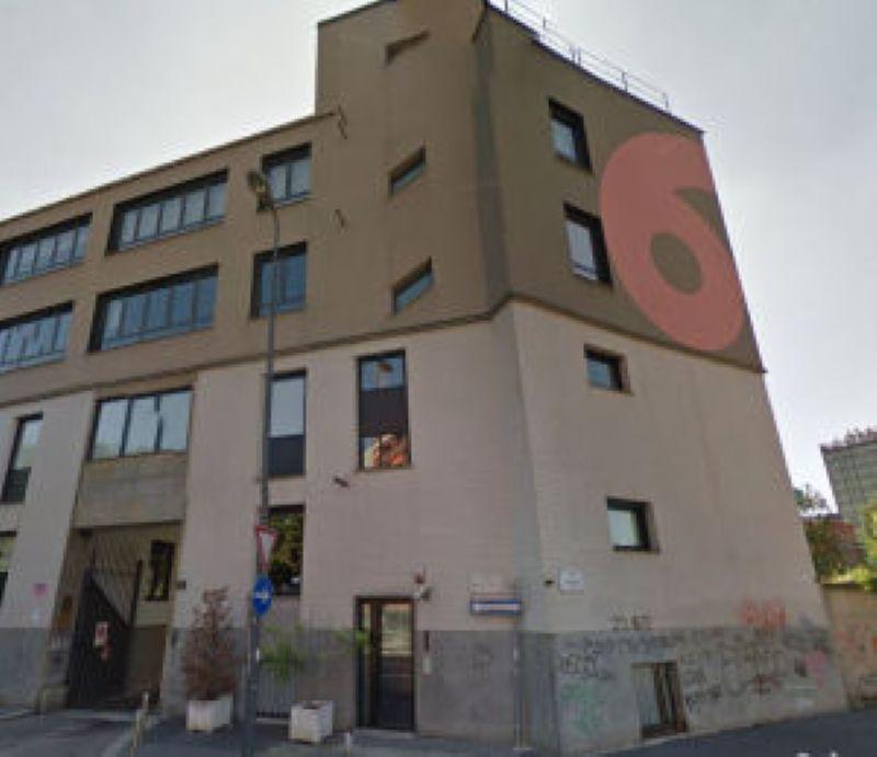 Milano Vendita STABILE / PALAZZO Immagine 3