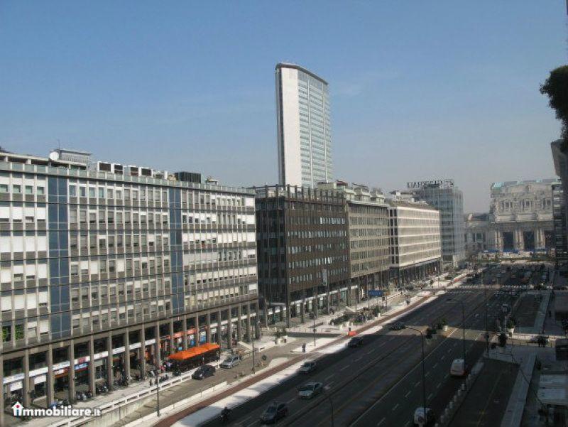 Ufficio / Studio in affitto a Milano, 6 locali, zona Zona: 2 . Repubblica, Stazione Centrale, P.ta Nuova, B. Marcello, prezzo € 2.333 | CambioCasa.it