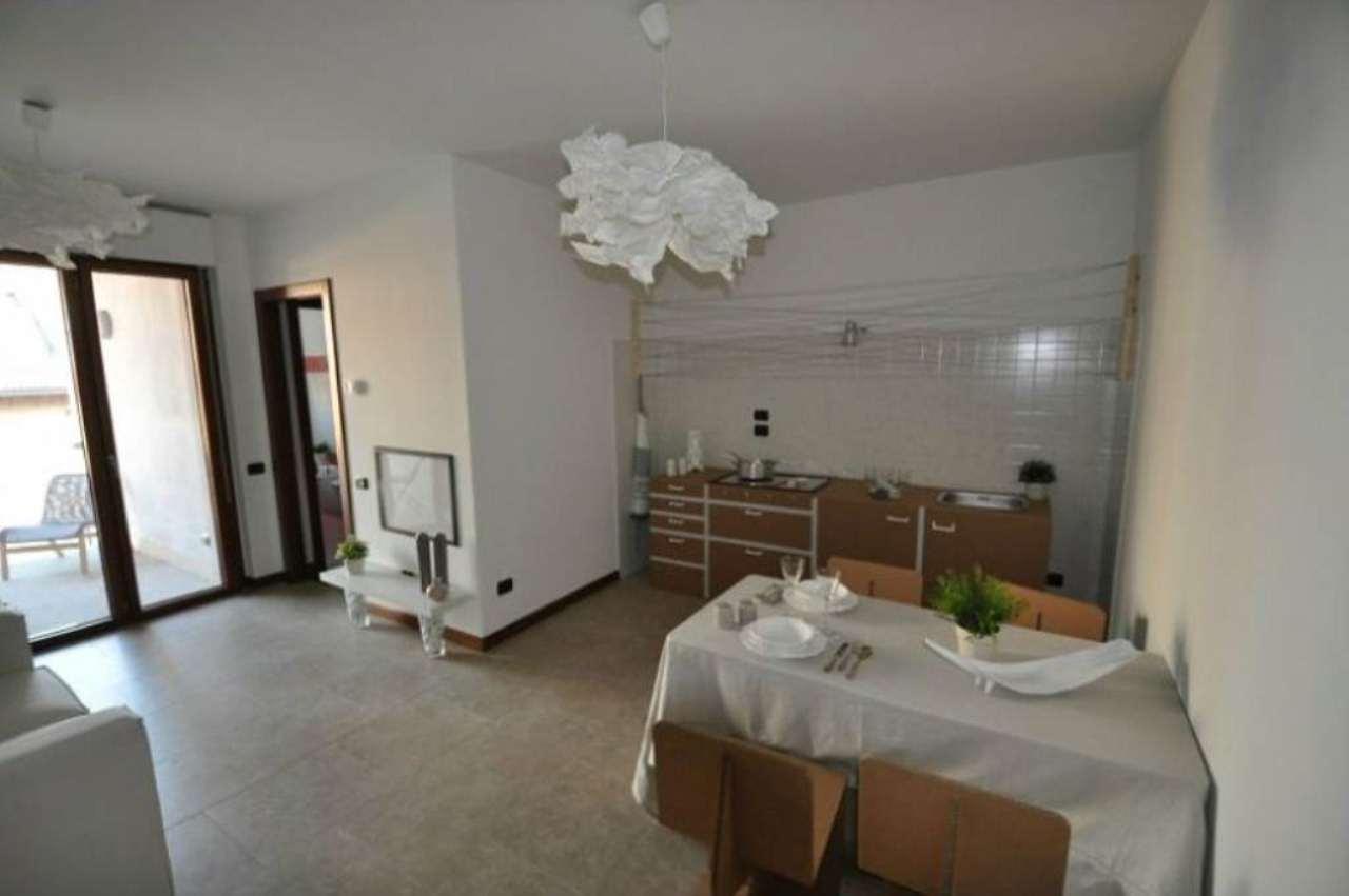 Bilocale Milano Via Rucellai 9