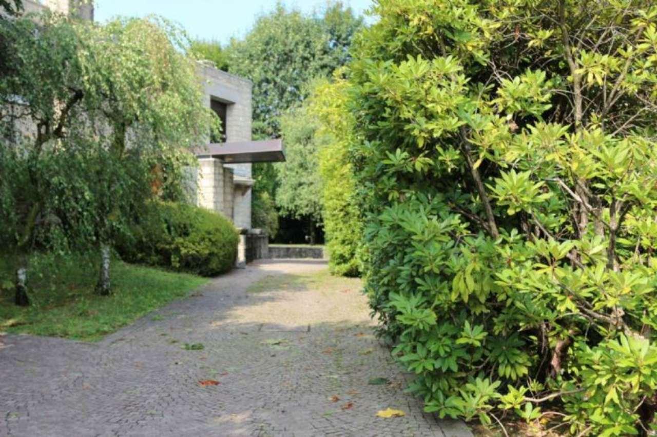 Villa in Vendita a Bernareggio