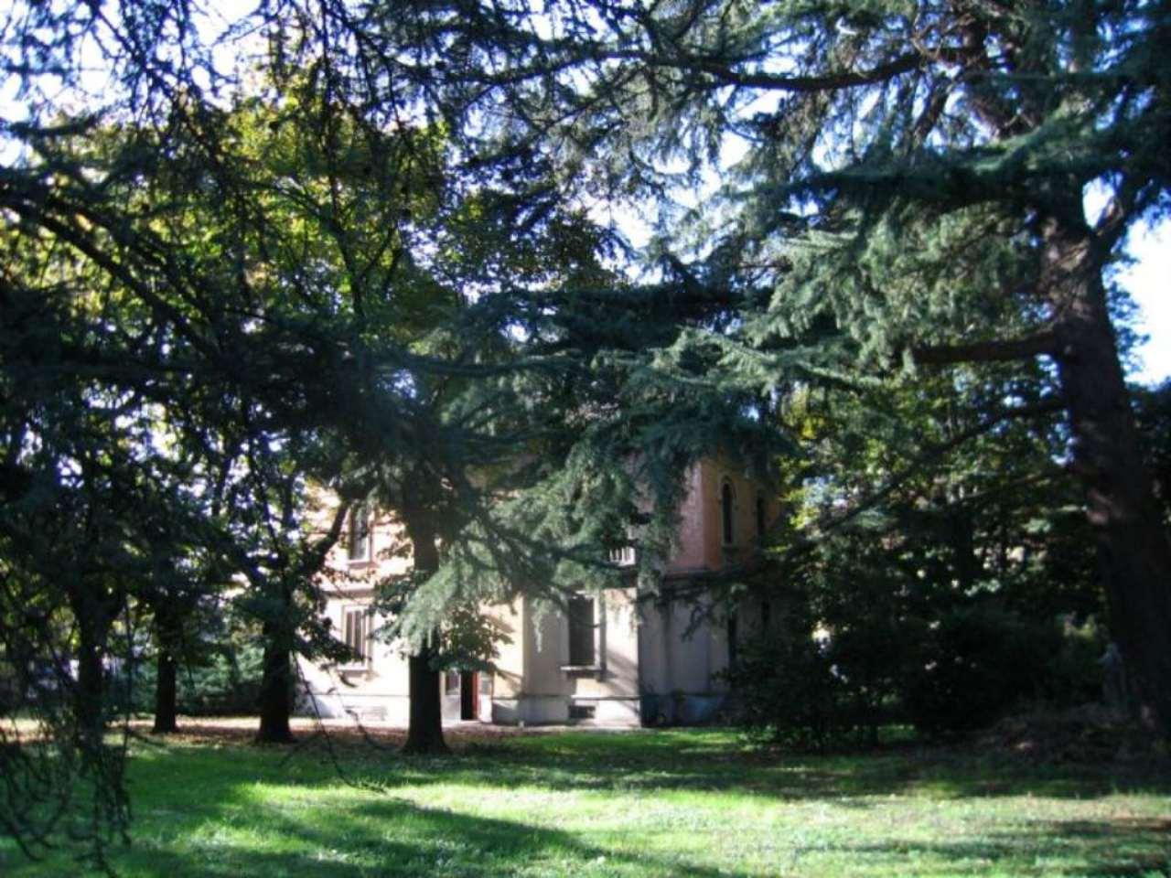 Villa in vendita a Dairago, 15 locali, Trattative riservate | Cambio Casa.it