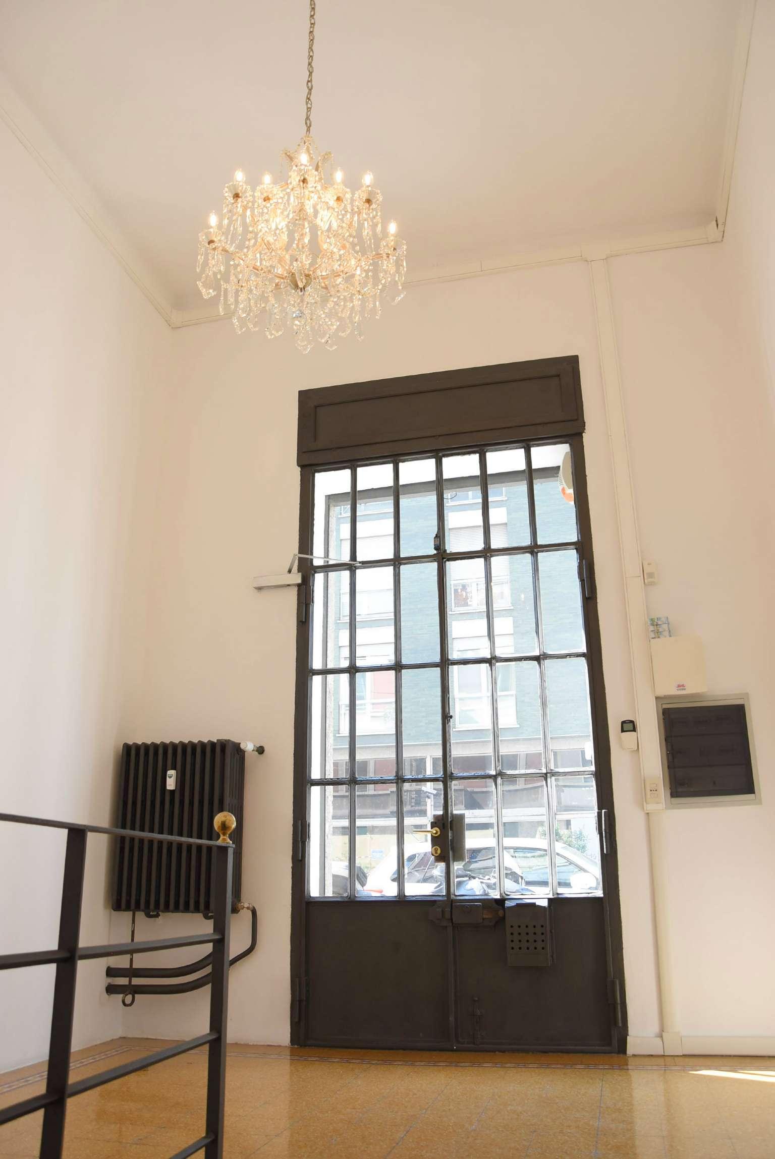 Laboratorio in affitto a Milano, 6 locali, zona Zona: 2 . Repubblica, Stazione Centrale, P.ta Nuova, B. Marcello, prezzo € 2.165 | CambioCasa.it