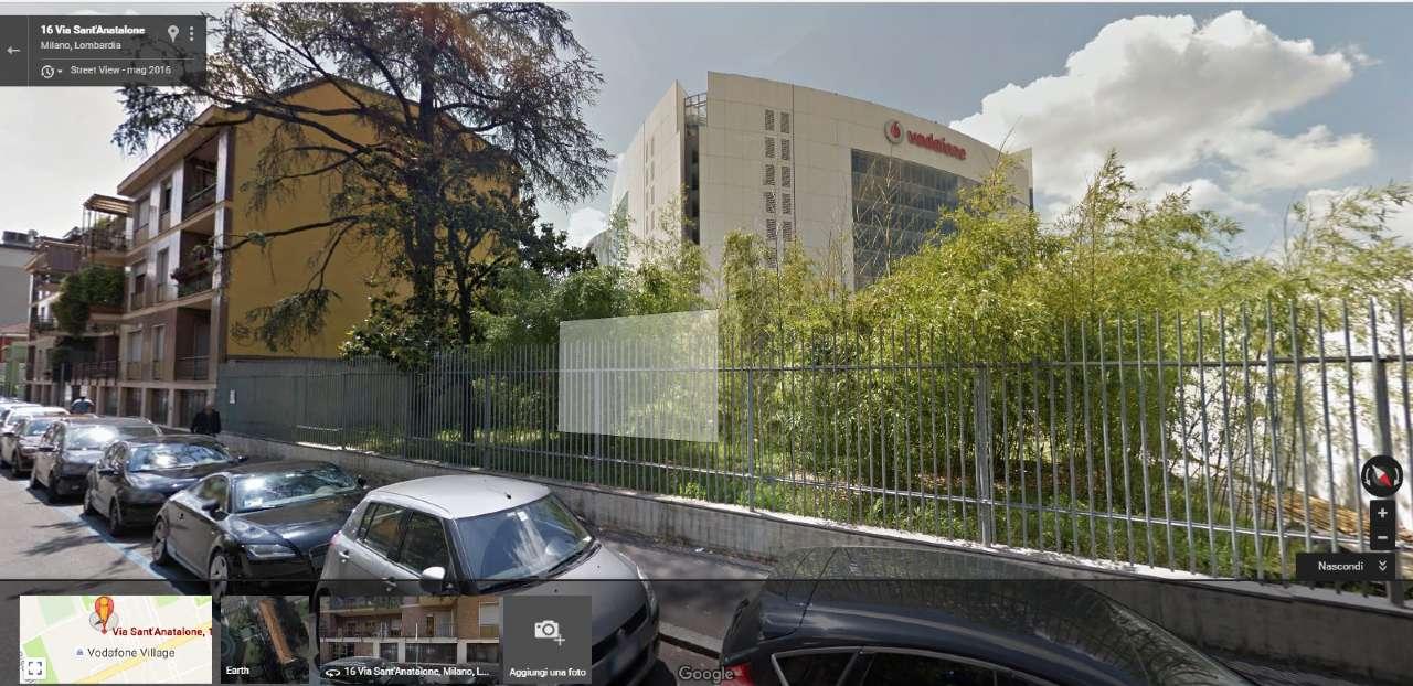 Laboratorio in affitto a Milano, 12 locali, zona Zona: 12 . De Angeli, Vercelli, Washington, Sicilia, S. Michele del Carso, prezzo € 2.500 | CambioCasa.it