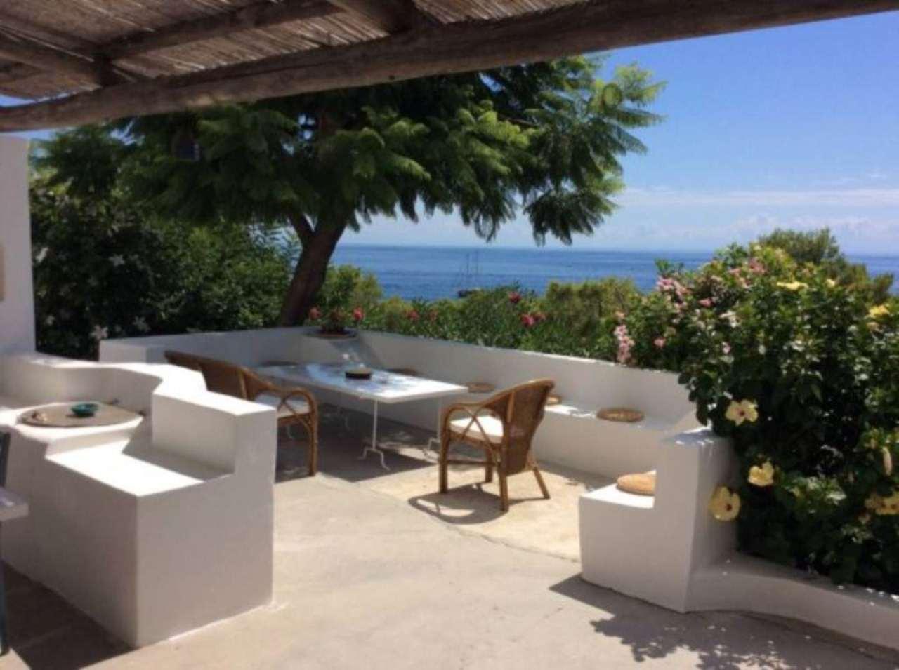 Villa in vendita a Lipari, 4 locali, prezzo € 800.000 | Cambio Casa.it