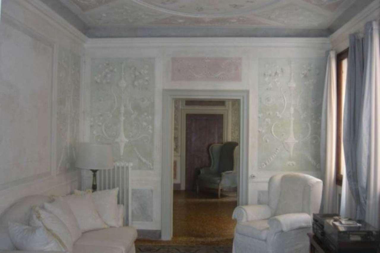 Appartamento in vendita a Venezia, 6 locali, zona Zona: 5 . San Marco, prezzo € 985.000 | Cambio Casa.it