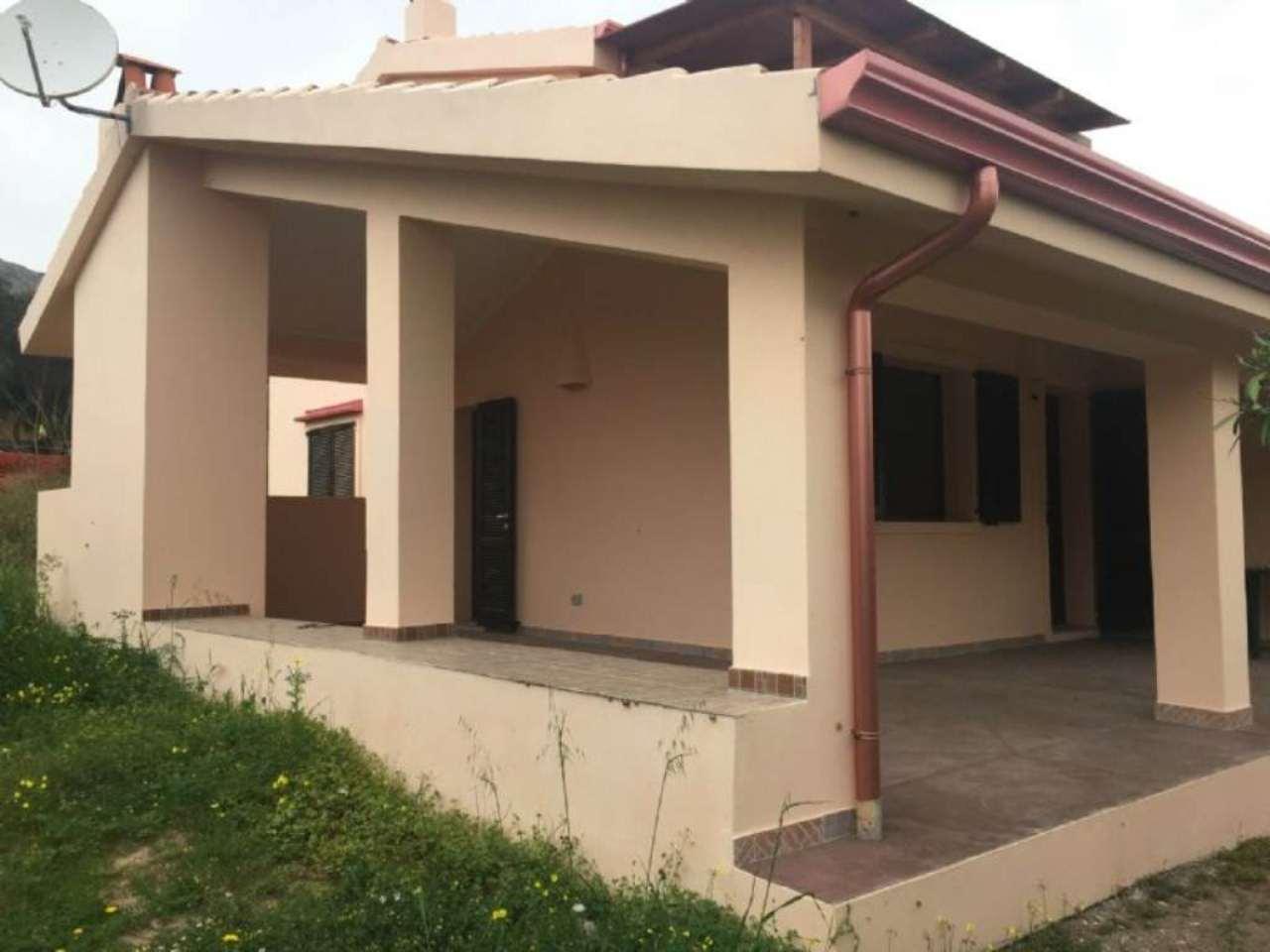 Appartamento in vendita a Sant'Antioco, 2 locali, prezzo € 63.000 | CambioCasa.it