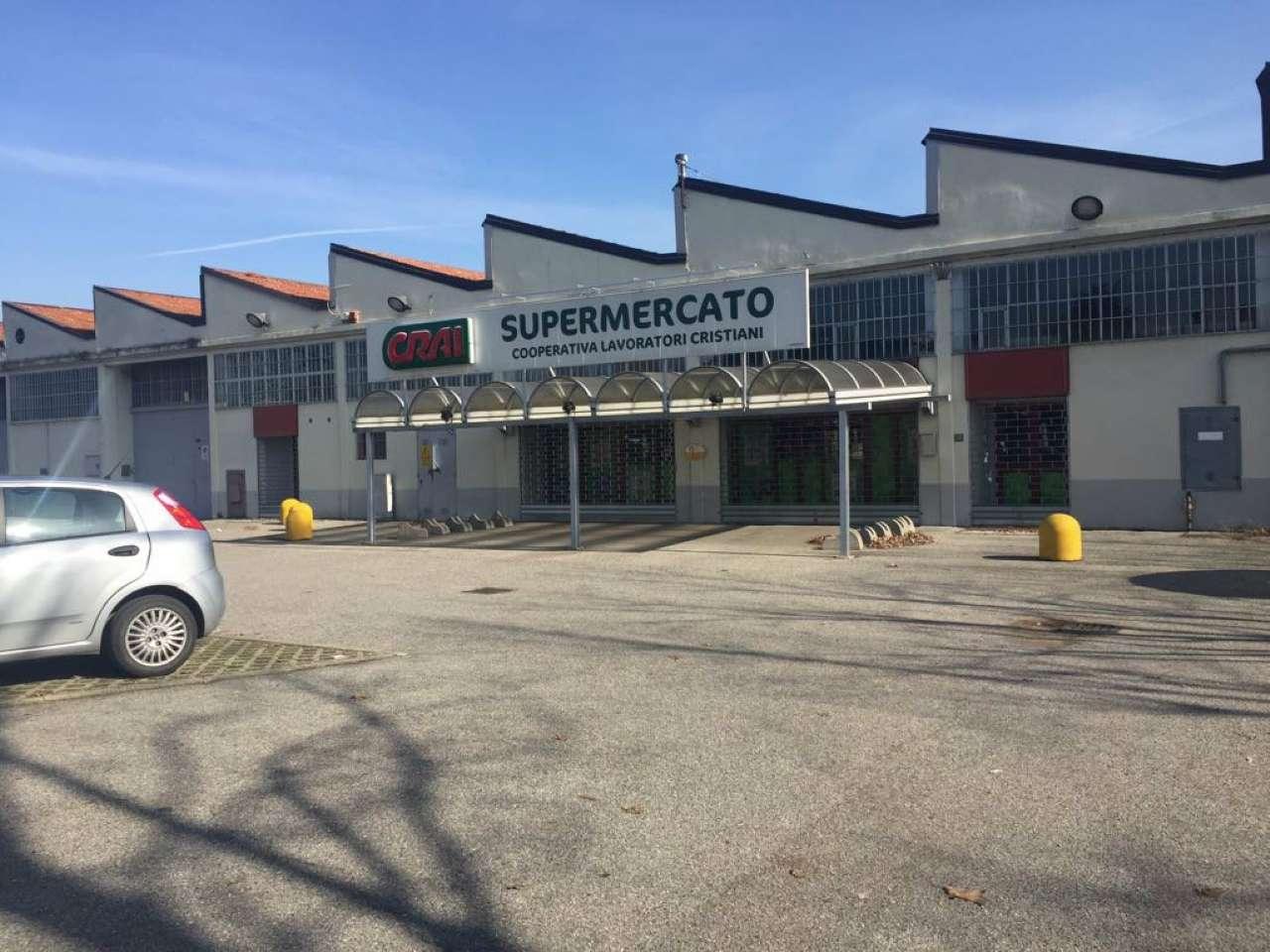 Capannone in vendita a Gorgonzola, 9999 locali, Trattative riservate | CambioCasa.it
