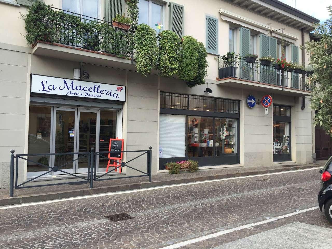 Negozio / Locale in vendita a Verano Brianza, 9999 locali, Trattative riservate | CambioCasa.it