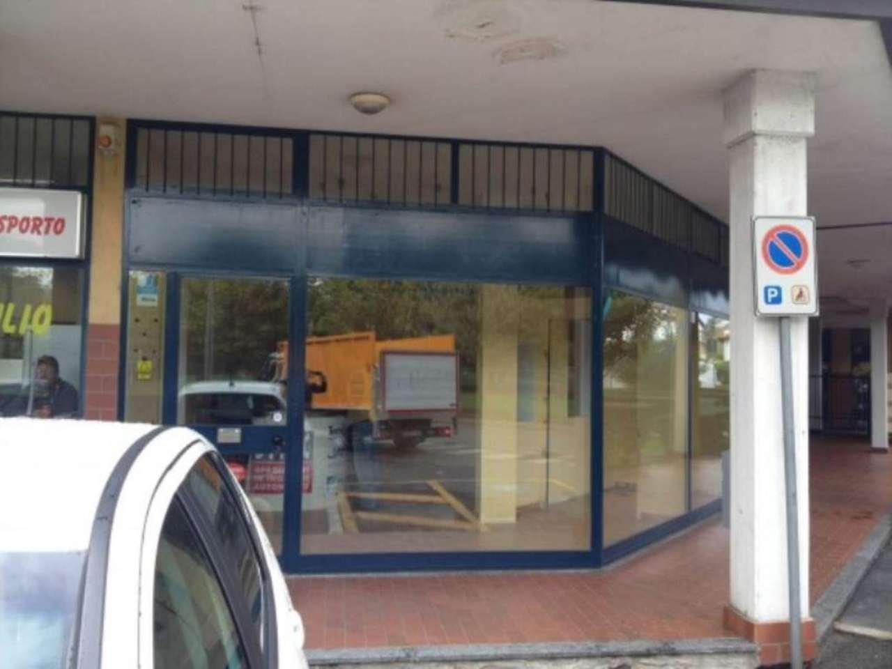 Negozio / Locale in vendita a Pregnana Milanese, 4 locali, prezzo € 155.000 | Cambio Casa.it