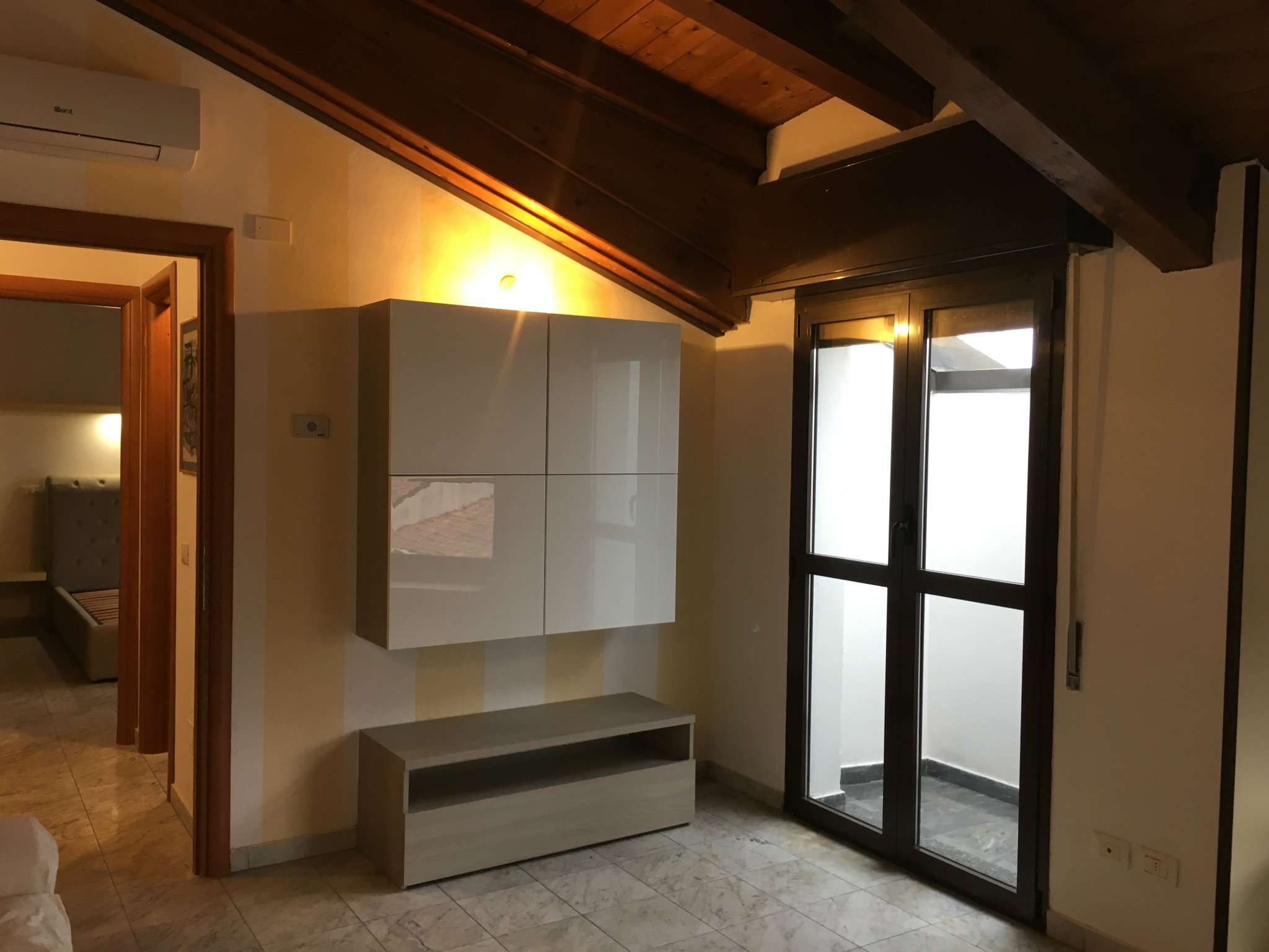 Attico / Mansarda in affitto a Rho, 2 locali, prezzo € 600 | Cambio Casa.it