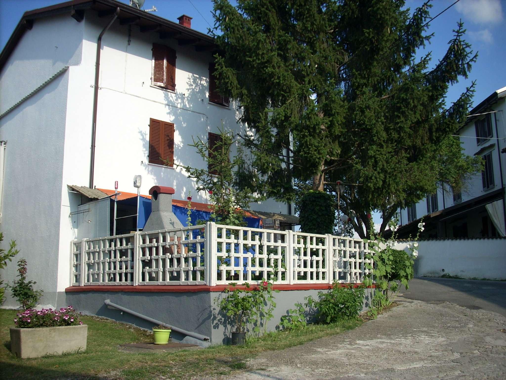 Villa in vendita a Montalto Pavese, 7 locali, prezzo € 150.000 | Cambio Casa.it