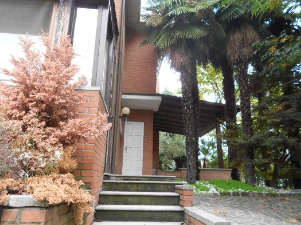 Villa a Schiera in Vendita a Pieve Emanuele