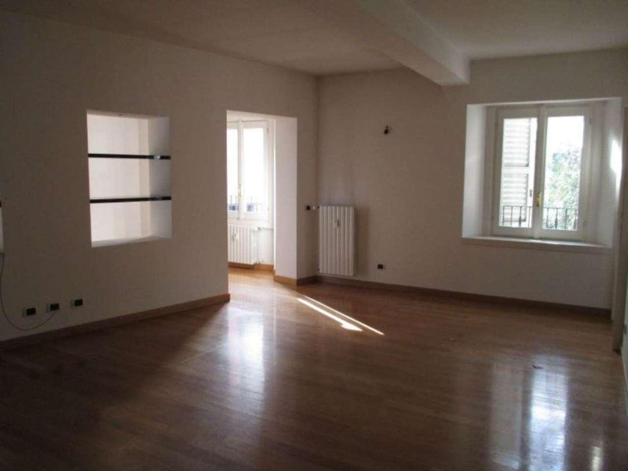Appartamento in affitto a Milano, 6 locali, zona Zona: 1 . Centro Storico, Duomo, Brera, Cadorna, Cattolica, prezzo € 3.300 | Cambio Casa.it