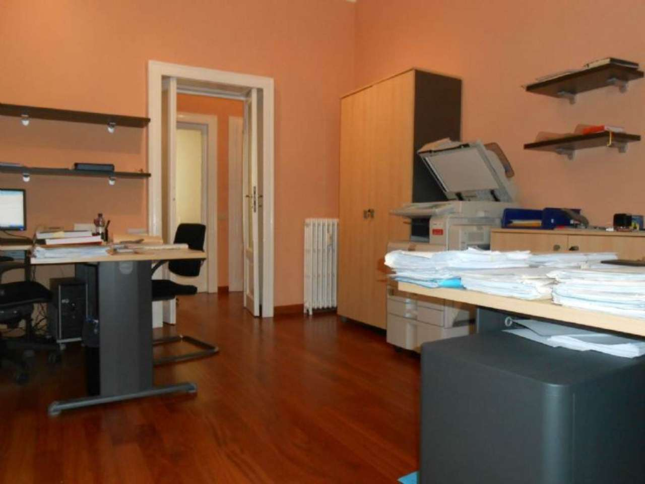 Bilocale Milano Via Vincenzo Monti 1