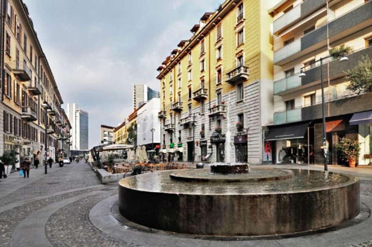 Bilocale Milano Piazza Xxv Aprile 2