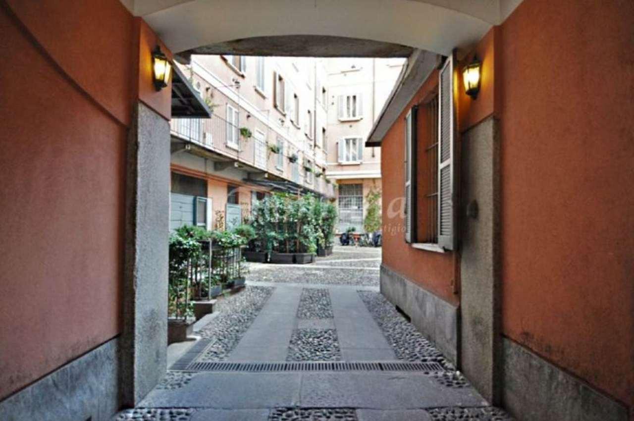 Bilocale Milano Piazza Xxv Aprile 6
