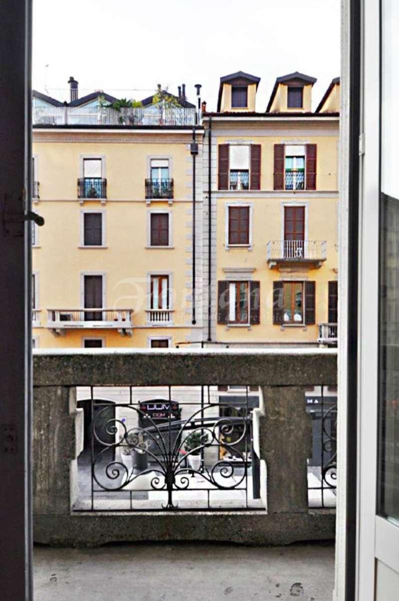 Bilocale Milano Corso Como 10
