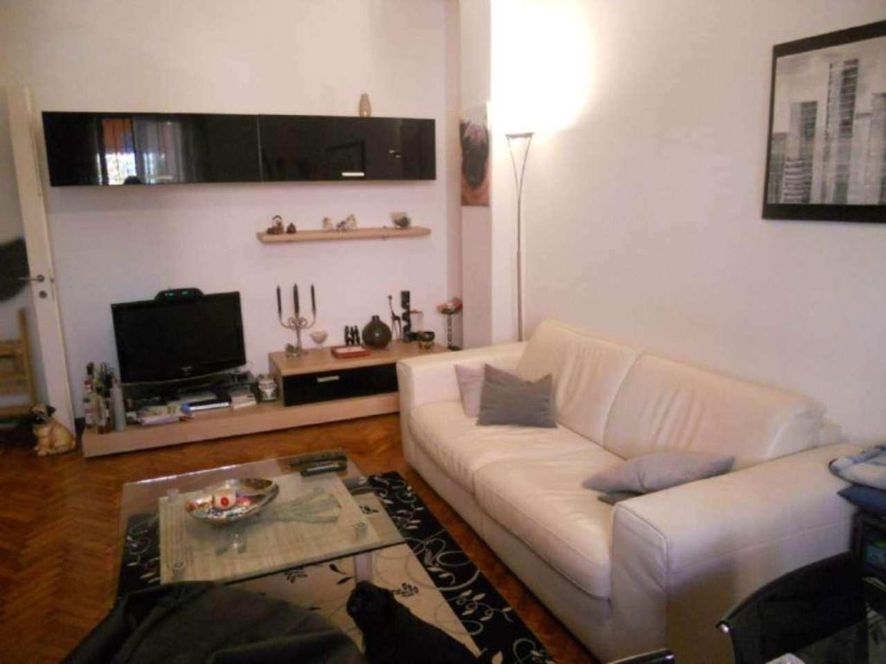Bilocale Milano Via Correggio 9