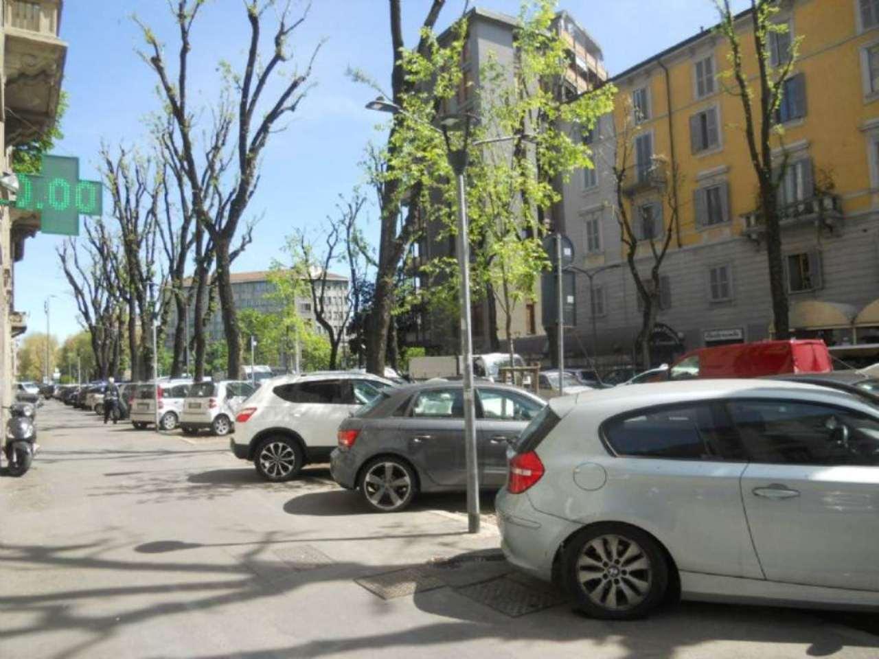 Bilocale Milano Via Correggio 13