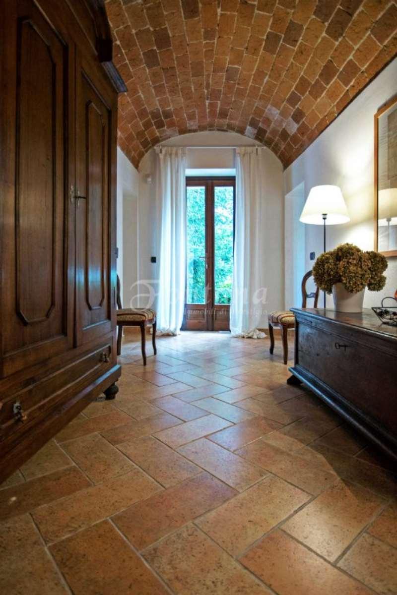 Soluzione Indipendente in vendita a Mede, 5 locali, Trattative riservate | Cambio Casa.it
