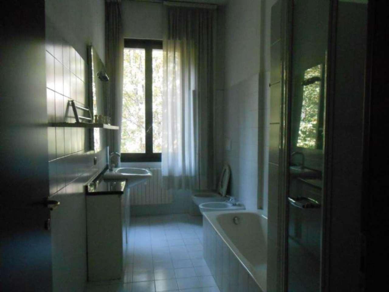 Bilocale Milano Viale Monterosa 6