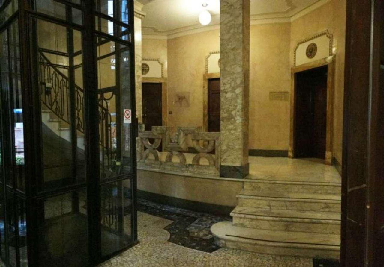 Bilocale Milano Via Conservatorio 13