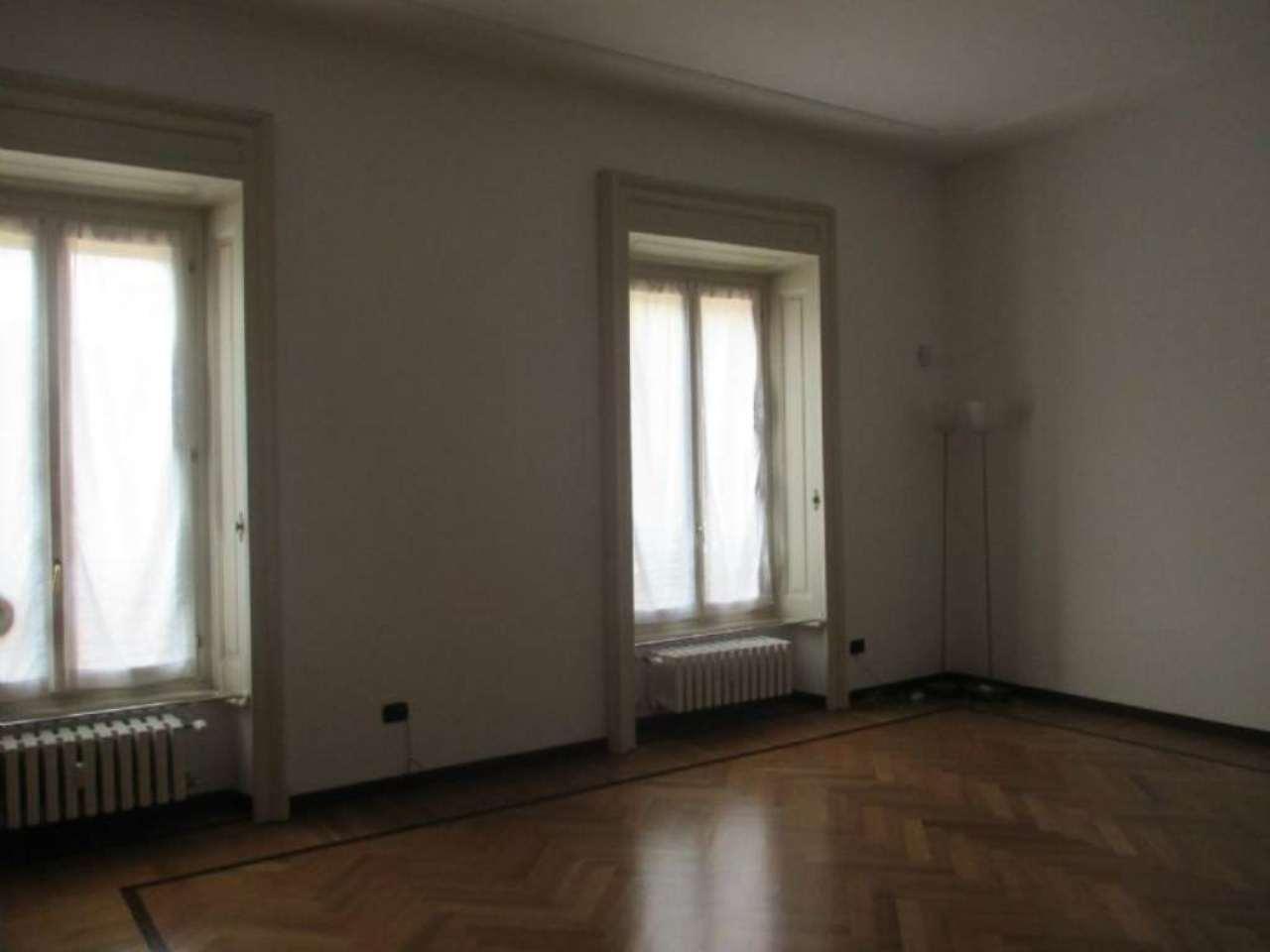 Appartamento in affitto a Milano, 3 locali, zona Zona: 1 . Centro Storico, Duomo, Brera, Cadorna, Cattolica, prezzo € 2.300 | Cambio Casa.it