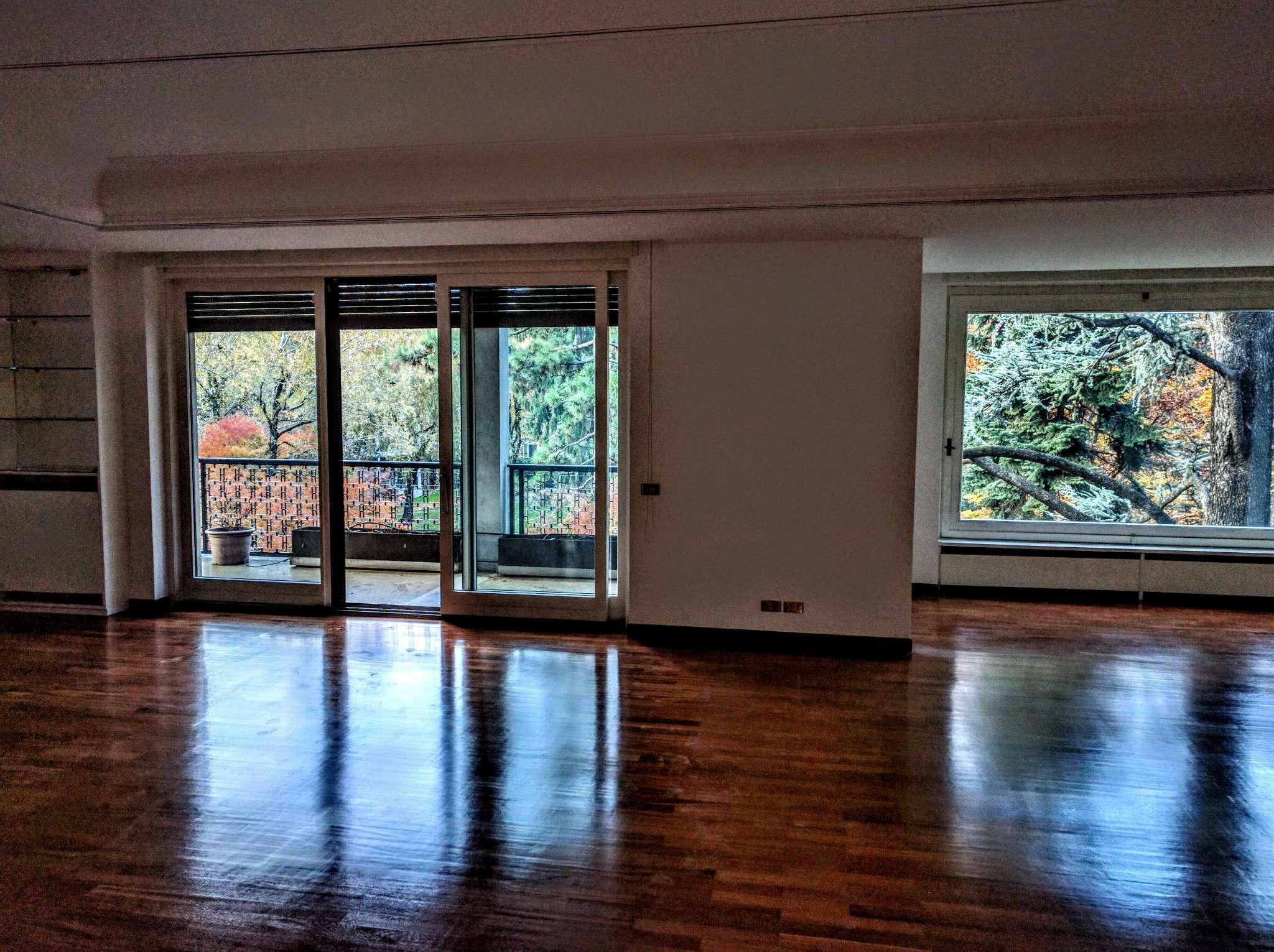 Appartamento in affitto a Milano, 8 locali, zona Zona: 14 . Lotto, Novara, San Siro, QT8 , Montestella, Rembrandt, prezzo € 4.580 | Cambio Casa.it