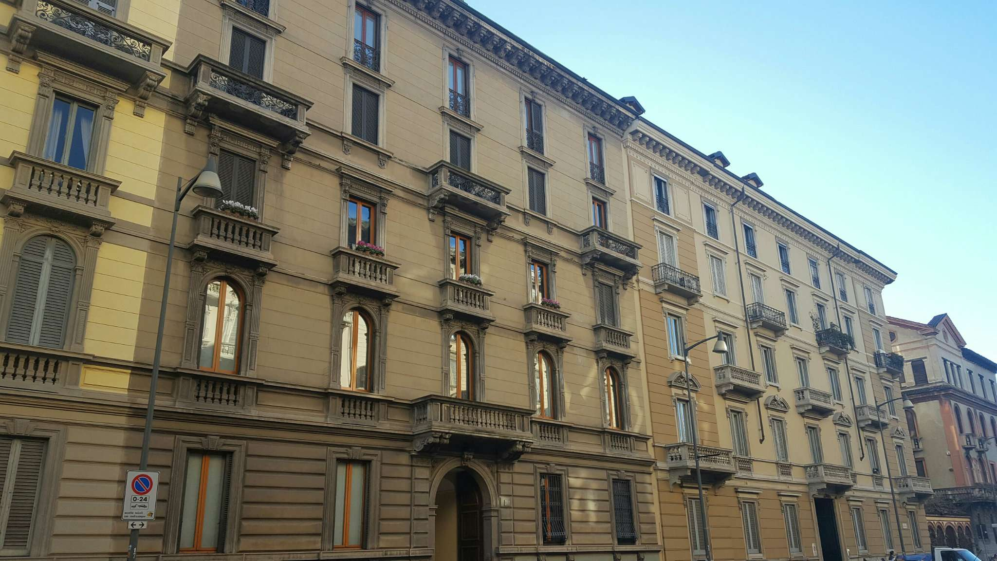 Appartamento in affitto a Milano, 2 locali, zona Zona: 1 . Centro Storico, Duomo, Brera, Cadorna, Cattolica, prezzo € 1.850 | Cambio Casa.it
