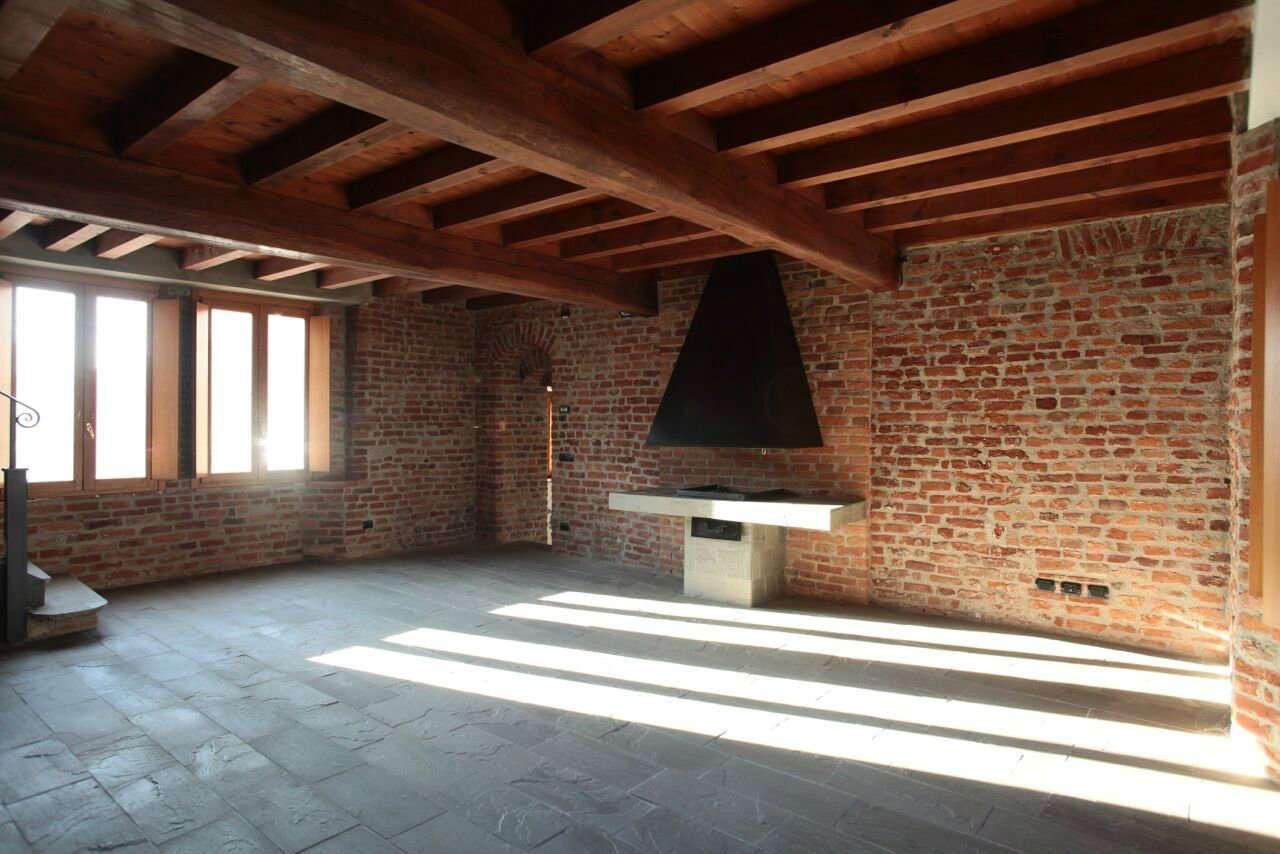 Appartamento in Affitto a Mediglia Centro: 4 locali, 165 mq