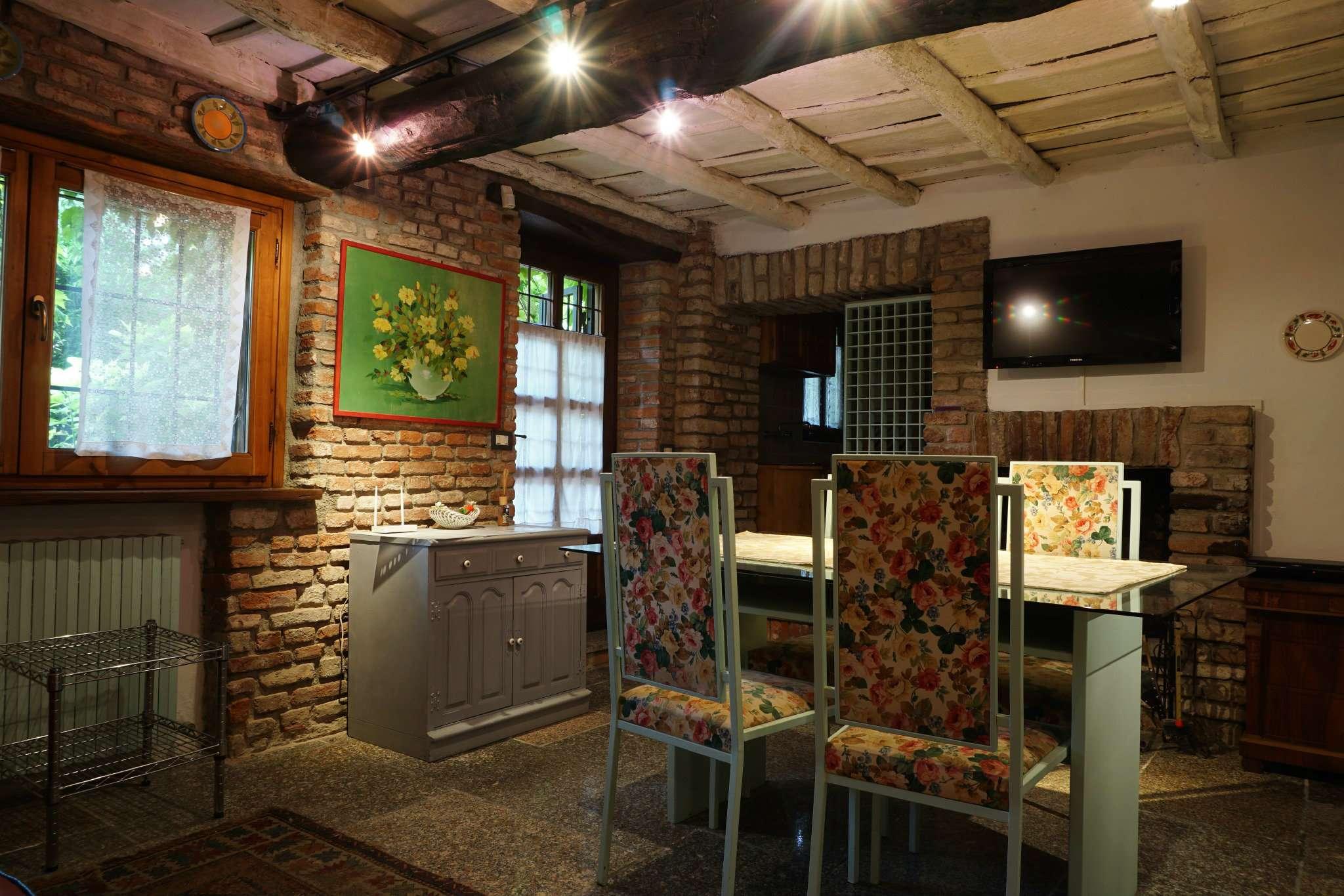 Appartamento in affitto a Mediglia, 10 locali, prezzo € 2.000 | Cambio Casa.it