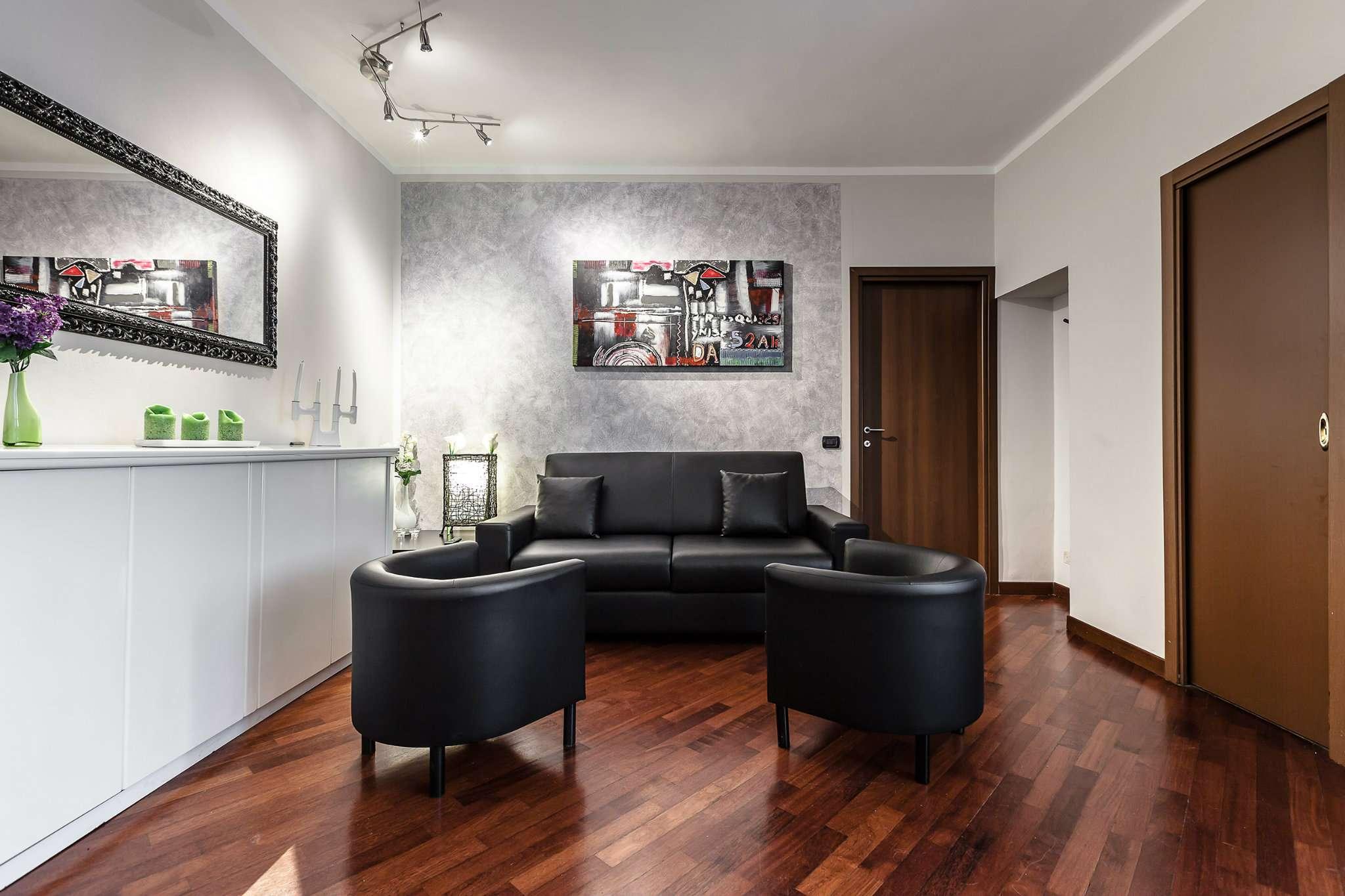 Appartamento in Vendita a Milano 03 Venezia / Piave / Buenos Aires: 2 locali, 85 mq