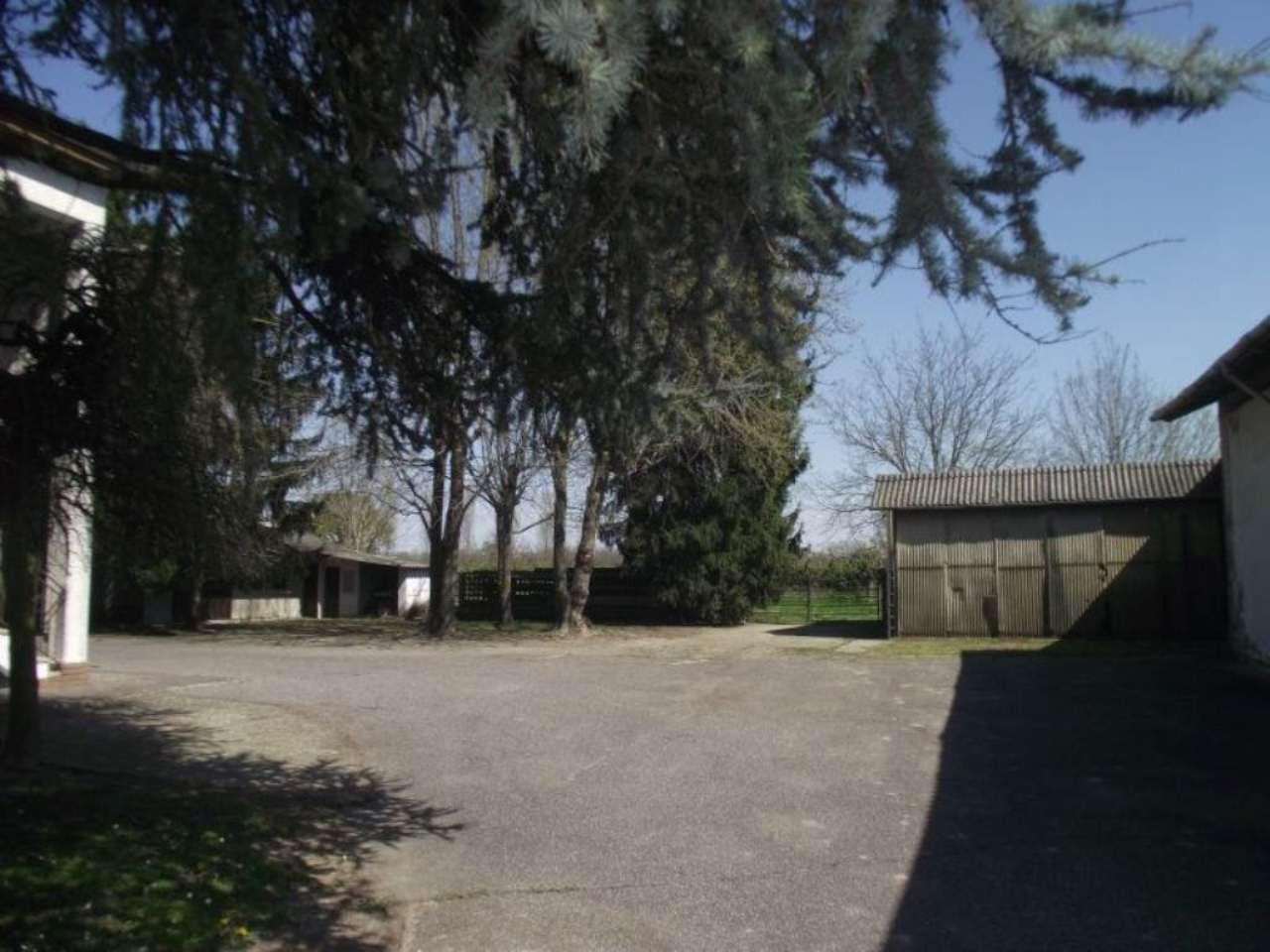 Villa in vendita a Verrua Po, 5 locali, prezzo € 265.000 | Cambio Casa.it