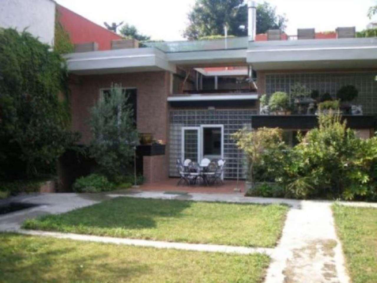 Villa in vendita a Milano, 6 locali, zona Zona: 14 . Lotto, Novara, San Siro, QT8 , Montestella, Rembrandt, prezzo € 2.300.000 | Cambio Casa.it