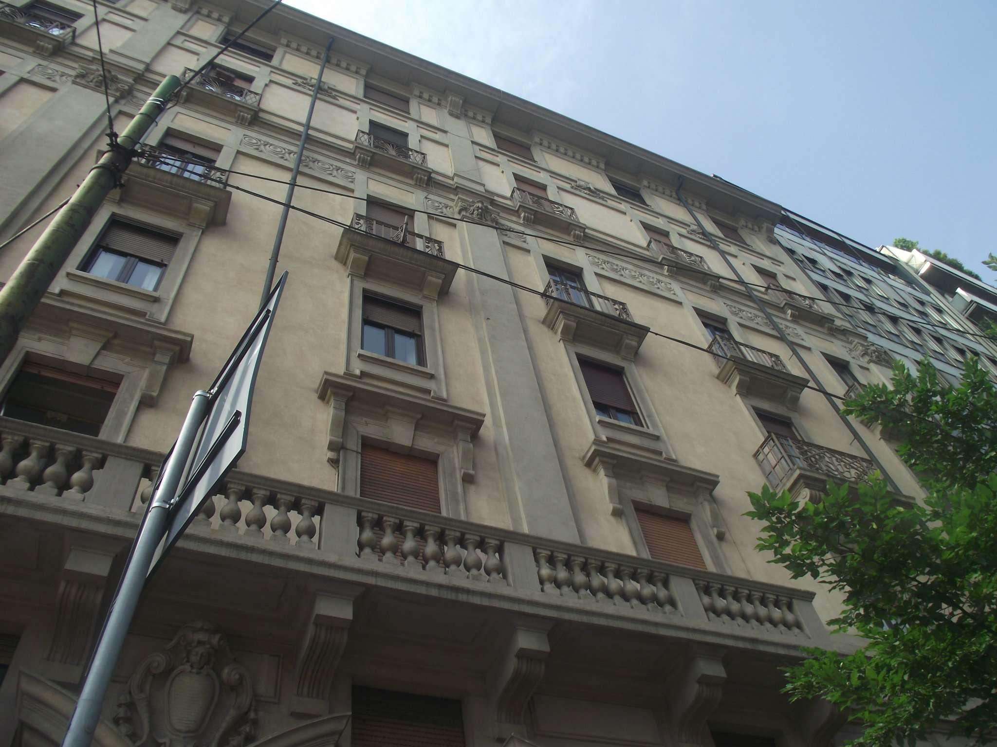 Appartamento in Affitto a Milano 06 Italia / Porta Romana / Bocconi / Lodi: 5 locali, 140 mq