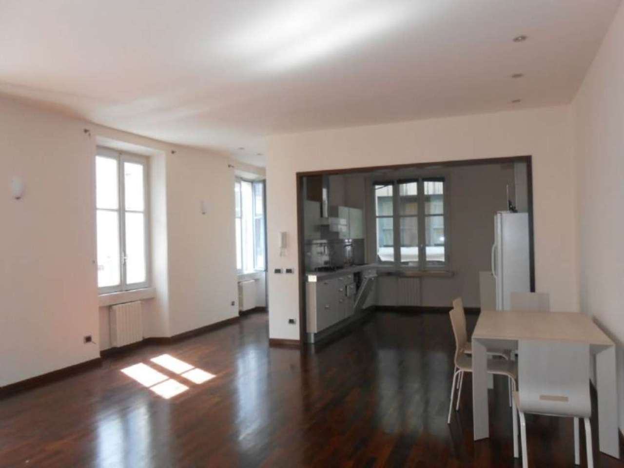 Appartamento in affitto a Milano, 3 locali, zona Zona: 1 . Centro Storico, Duomo, Brera, Cadorna, Cattolica, prezzo € 2.100 | Cambio Casa.it
